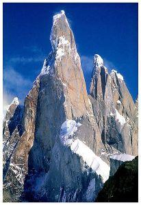 412px-Cerro_torre_1987