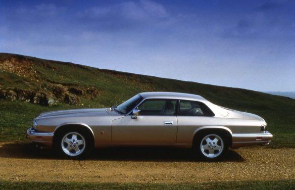 L-Jaguar-XJS-Coupe